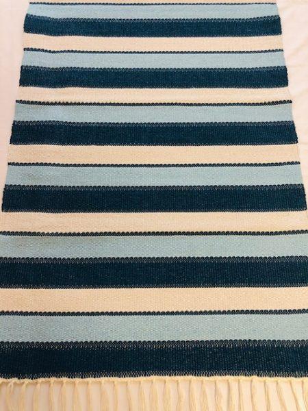ALBINA szőnyeg kiscsikos 1-es kék -4 es kék -fehér 1-es kék elválasztó